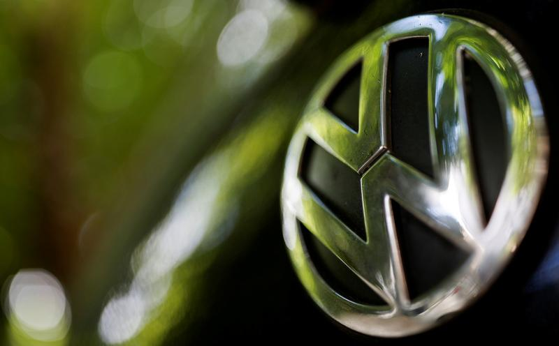 Volkswagen plans to take stake in Sixt: Manager Magazin